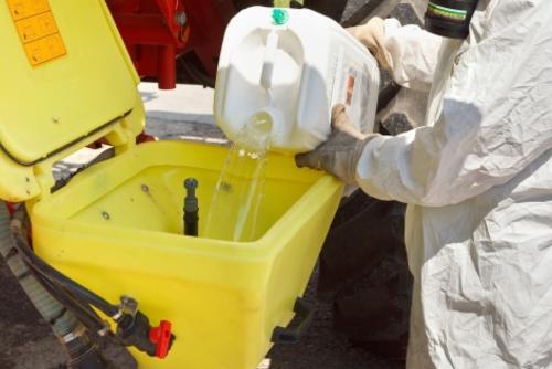 Безопасное смешивание химикатов